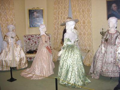 Quiz costumes féminins 6-pict10