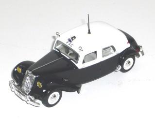 Citroën et la Police Fac10