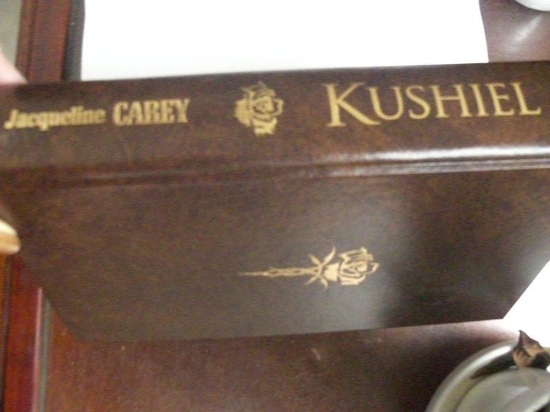 Kushiel : La marque - Tome 1 - Jacqueline Carey Cimg4711