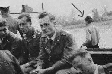Fw 190 F8 revell (32) Rd-ele10