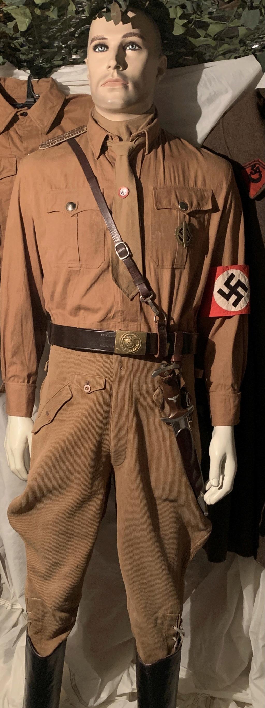 Mes dernières rentrées : brassard NSDAP, couteau à gravité,...  Img_4816