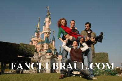 Raul y sus compañeros BELLA Y BESTIA Copie_14
