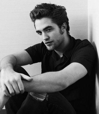 Robert Pattinson (Edward Cullen) Robert10