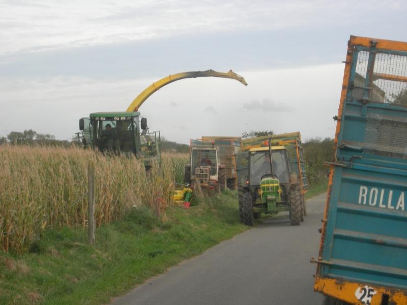 Ensilage de maïs 2008 - Page 6 Dscn6319