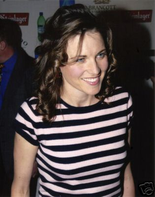 photos de Lucy Lawless - Page 3 65_1_b10