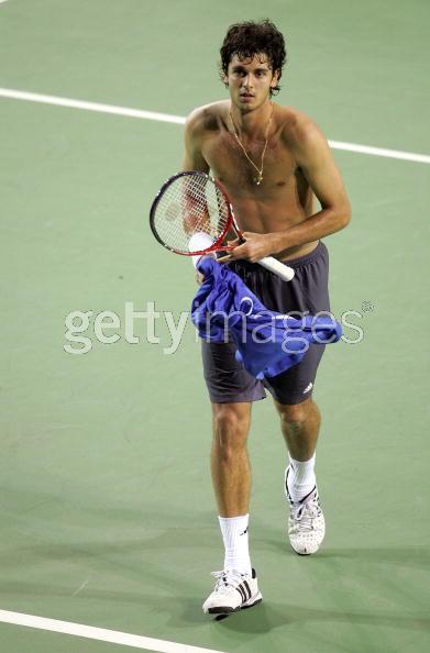 Quel est selon vous le plus beau joueur du circuit ATP ? - Page 2 Mario_10