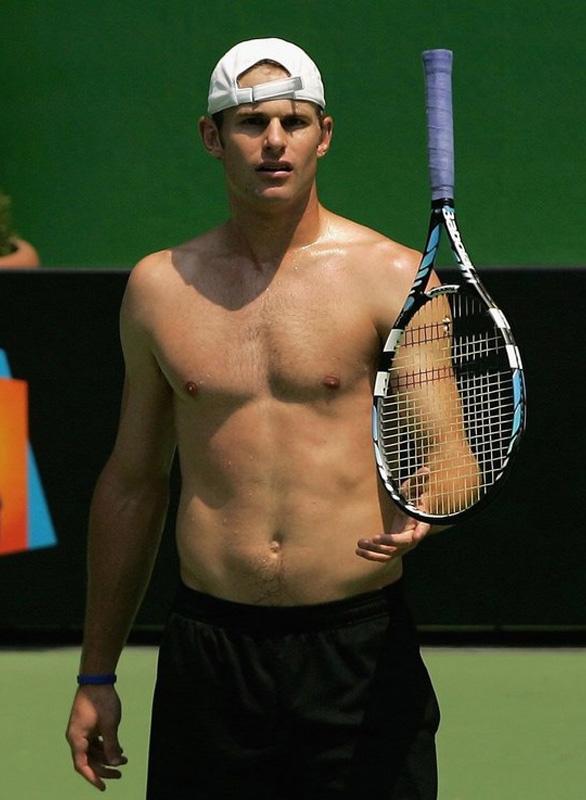 Quel est selon vous le plus beau joueur du circuit ATP ? - Page 2 Roddic10