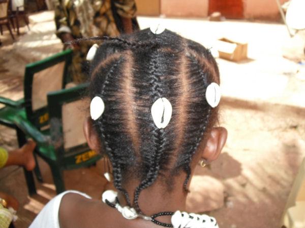 Vrai cheveux faux cheveux  dileme pour la beauté noire 12514910