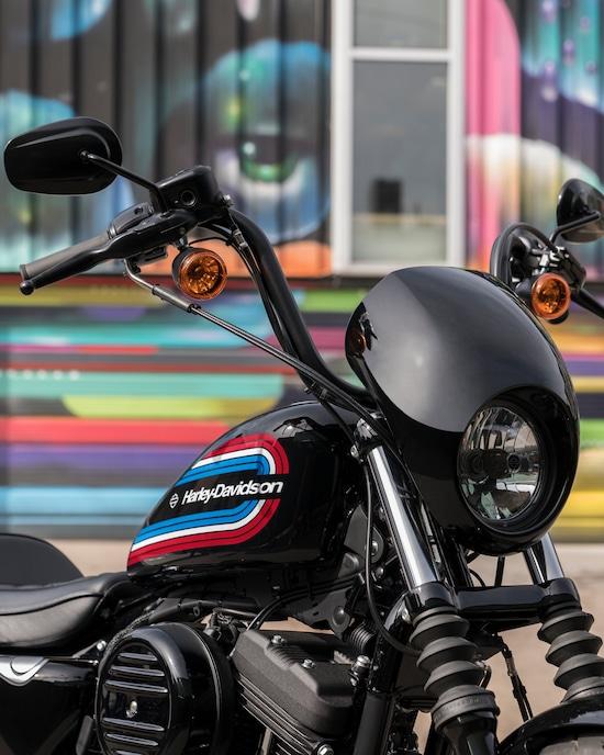 Plusieurs guidons : Street Bob / Heritage 2019 / Iron 1200 2020-i10