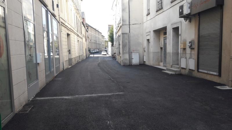 Réfection des rues Courteline et des Ursulines : toujours pas de végétal à l'horizon ! 20190813