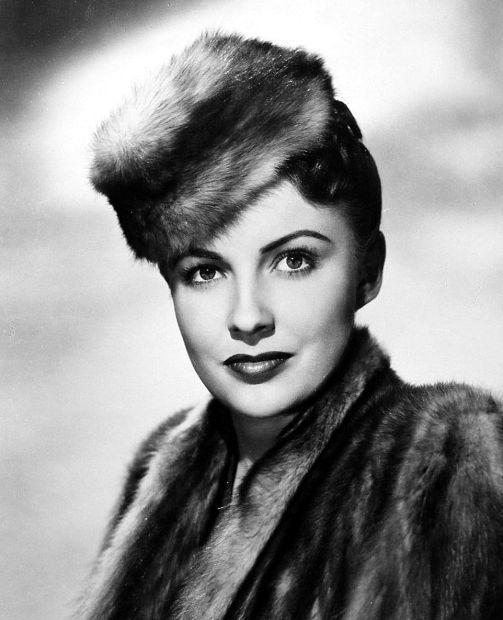 27 août 1943 - Joan Leslie Joan-l10