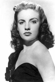 27 août 1943 - Joan Leslie Mv5bmt10