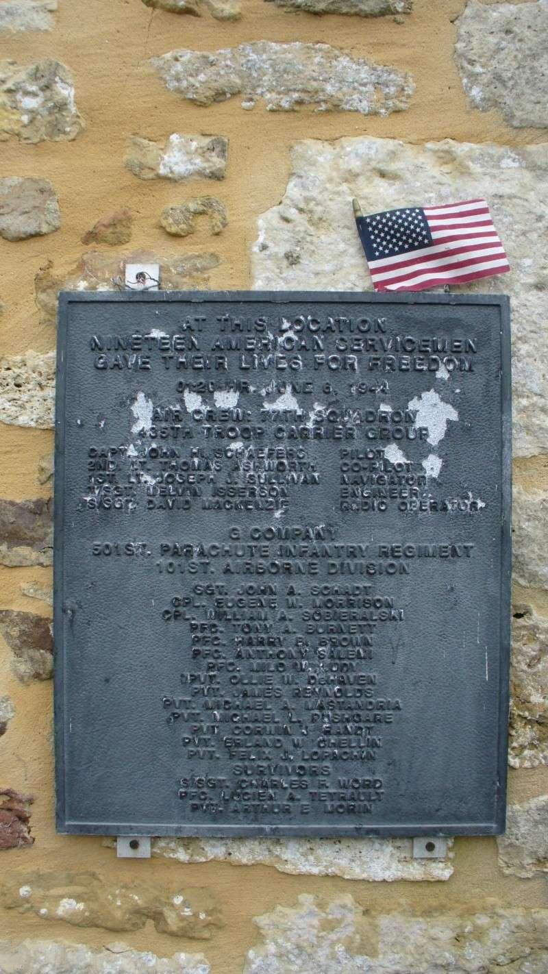 Monument WW2 - Picauville ( Normandie ) P1090512