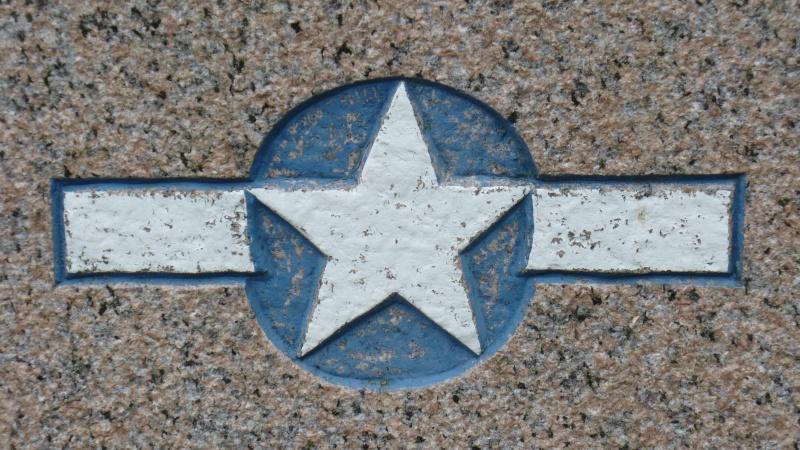 Monument WW2 - Etienville ( Manche - Normandie )  P1090520