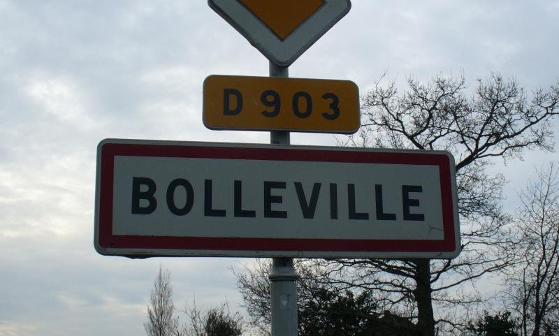 Monument WW2 - Bolleville ( Manche - Normandie )   P1090613