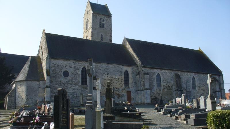 Monument WW2 - Moon-sur-Elle ( Manche - Normandie )   P1090617