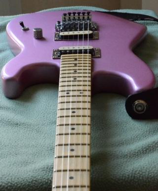 Photos de vos guitares. - Page 37 Burgun11