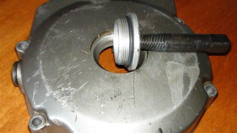 LIvello olio sotto controllo fisso ! Dsc00211