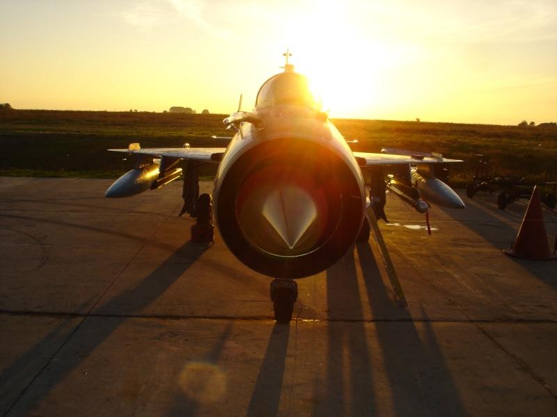 MiG-21 LanceR Dsc05311