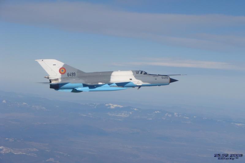 MiG-21 LanceR Mekiru33