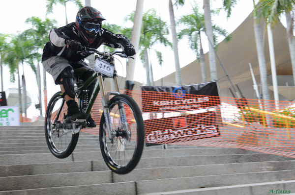 KLD2008 - Mountain Bike - Downhill 06080815