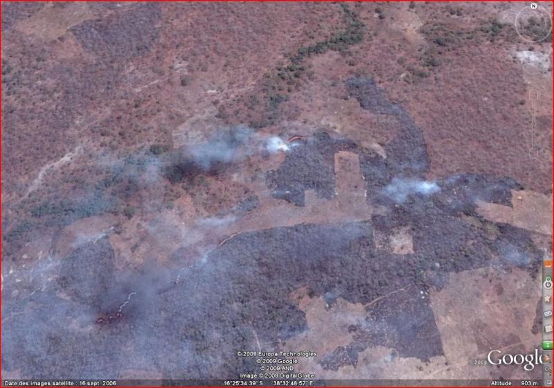 Au feu ! !  [Les incendies découverts dans Google Earth] - Page 4 Incedn10