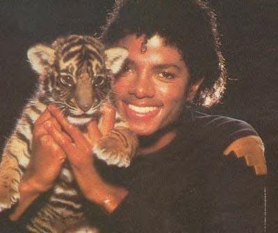 Collection MJ-Story : Michael et les animaux ^^ 1982_m10