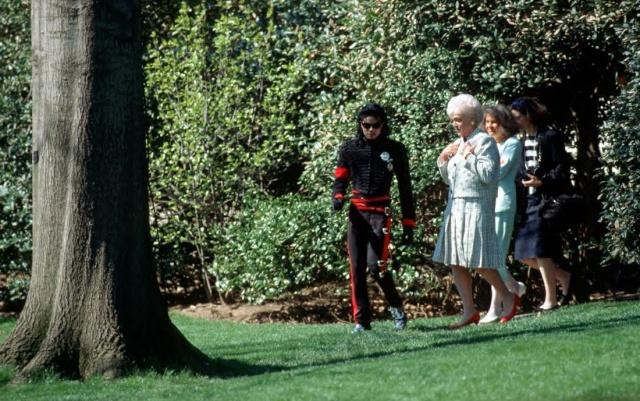 Michael et les Grands Hommes de ce monde 1990_b10
