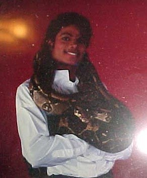 Collection MJ-Story : Michael et les animaux ^^ Michae15