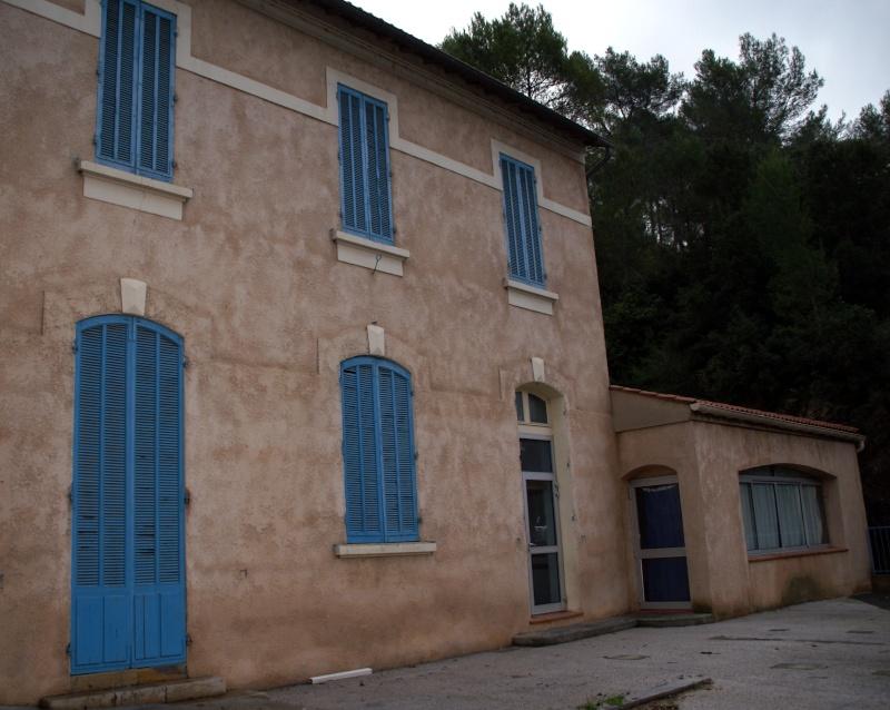 La mairie va déménager ... article sur le budget de Var matin Roi2110