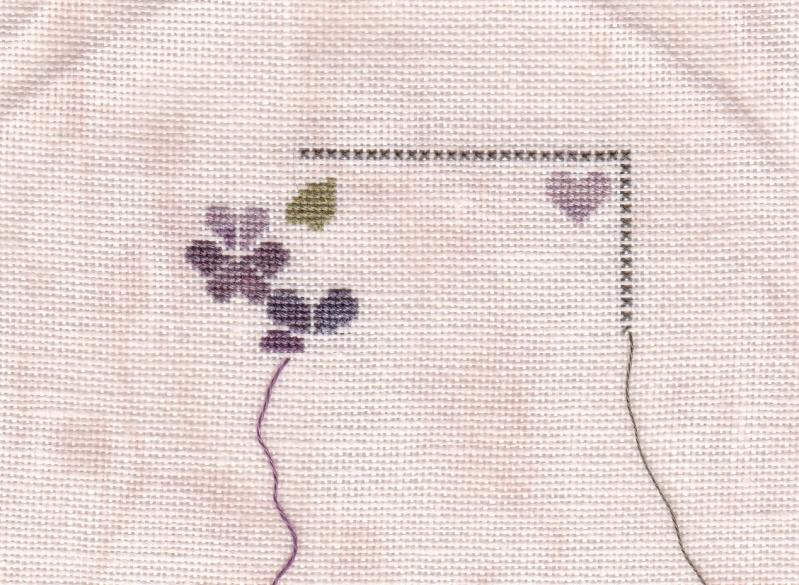 SAL Sauvage Tralala Bouquet Violettes et Myosotis - Page 2 Tralal10