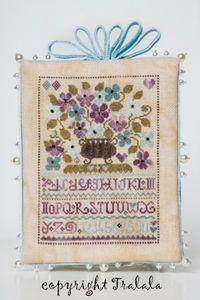 SAL Sauvage Tralala Bouquet Violettes et Myosotis Url13