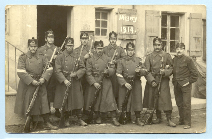Quelques paquetages, armes et équipements suisses. 3bea1b10