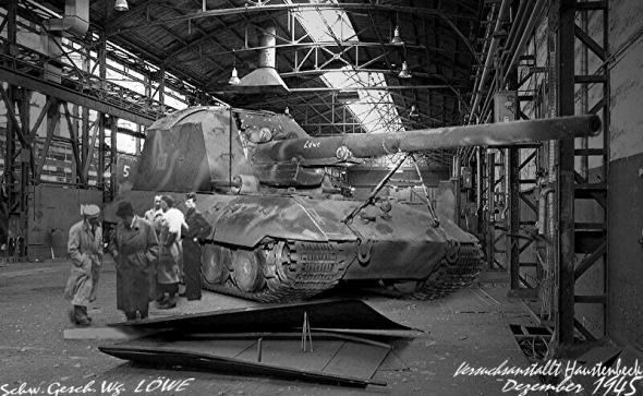 Les chars allemands monstrueux, une intox apparue dès 1943. Dad7a210