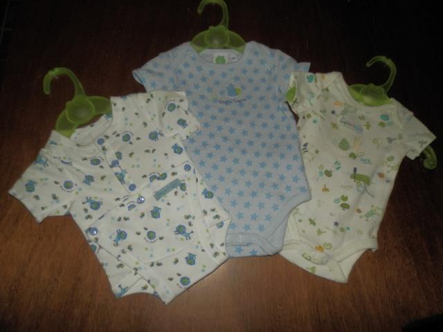 premier achat pour bébé espoir....... P2160510