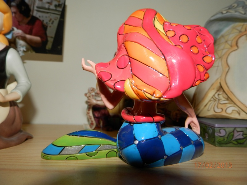 Disney by Britto - Enesco (depuis 2010) - Page 4 P2174012