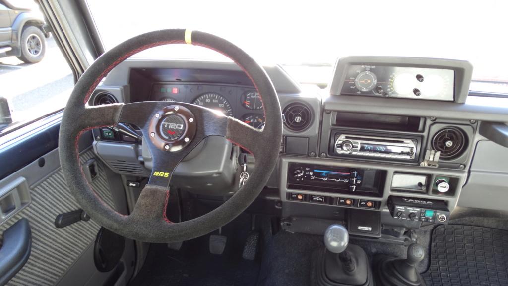 Moyeu volant LJ73 Dsc03221