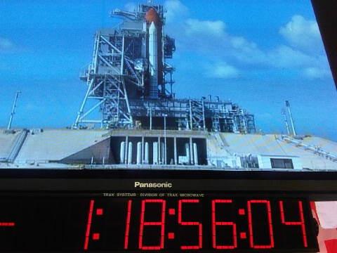 [STS-133] Discovery : Préparatifs (Lancement prévu le 24/02/2011) - Page 35 Sans_114