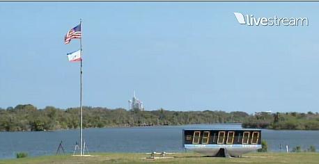[STS-133]Discovery: fil dédié au suivi du lancement prévu le 24.02.2011 - Page 2 Sans_123