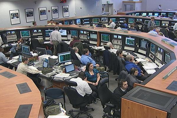 [STS-133]Discovery: fil dédié au suivi du lancement prévu le 24.02.2011 - Page 2 Sans_125