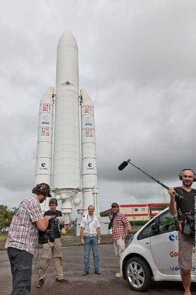 C'est pas sorcier fait escale au Centre Spatial Guyanais (tournage) Sans_232