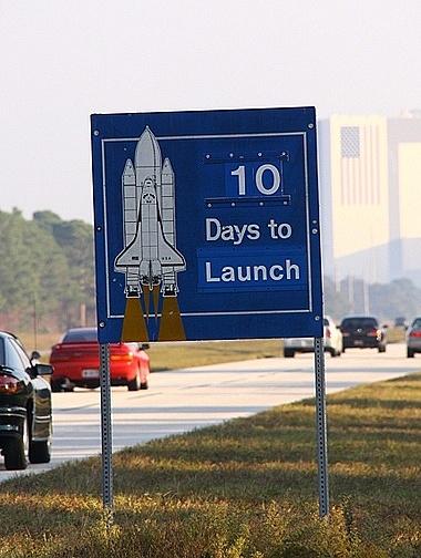 [STS-133] Discovery : Préparatifs (Lancement prévu le 24/02/2011) - Page 34 Sans_t85