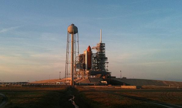 [STS-133] Discovery : Préparatifs (Lancement prévu le 24/02/2011) - Page 34 Sans_t89