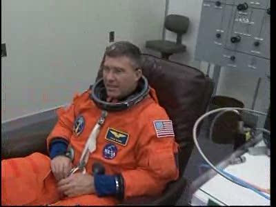 [STS-133]Discovery: fil dédié au suivi du lancement prévu le 24.02.2011 - Page 2 Vlcsna15