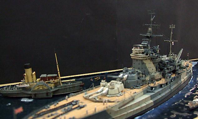 HMS WARSPITE 1942 - Page 9 Dscf3431