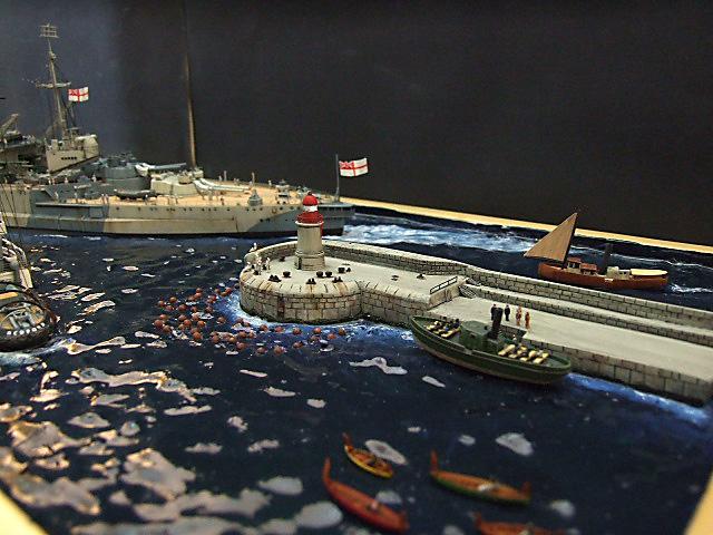 HMS WARSPITE 1942 - Page 9 Dscf3433