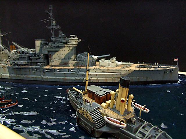 HMS WARSPITE 1942 - Page 10 Dscf3434