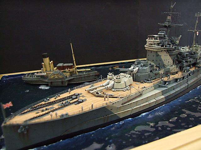 HMS WARSPITE 1942 - Page 10 Dscf3438