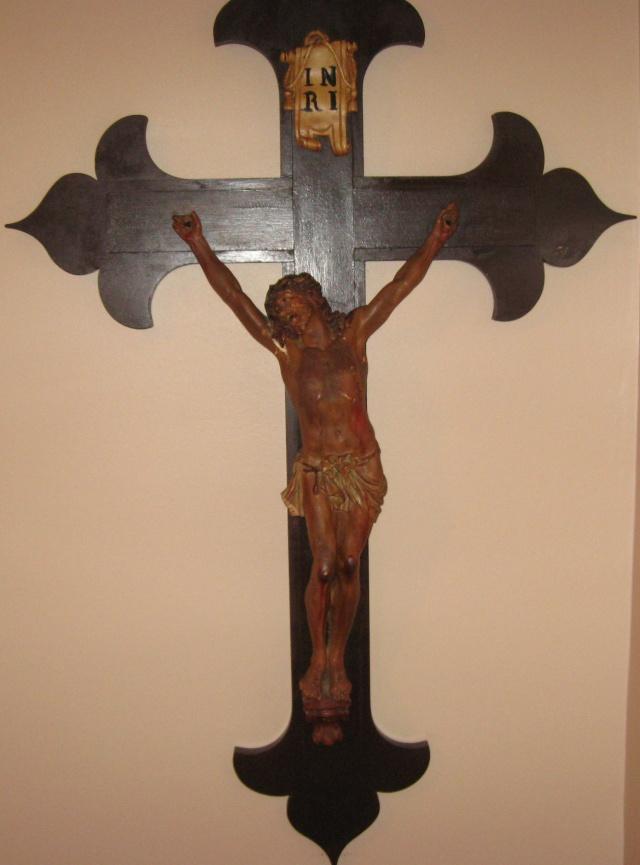 Crucifix Img_1515