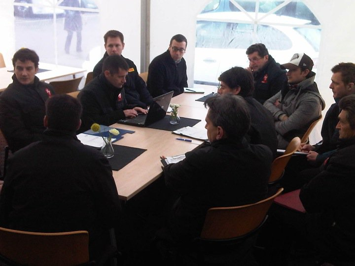 [F1] Hispania Racing Team - Page 7 18497410